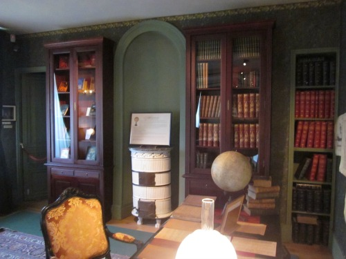 Jules Verne's Library
